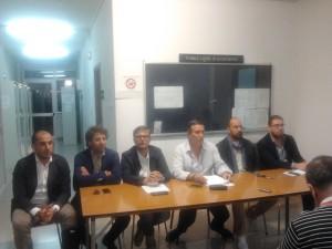 I consiglieri del centro-destra (da sinistra verso destra): Marino Liuzzi, Sebastiano Delre, Giovanni Vincesilao, Stefano Diperna, Giuseppe Brunetti, Giuseppe Colonna