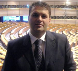Crisi: il sindaco vuole azzerare la giunta