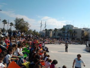 3-oltre-mille-alunni-e-studenti-delle-scuole-molesi-nellarena-del-castello-per-la-festa-dei-lettori